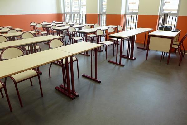学校类塑胶地板