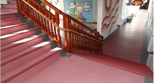 塑胶地板清洁护理的主要目的以及注意事项