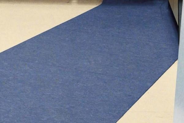塑胶地板自流平施工打底怎么操作呢?